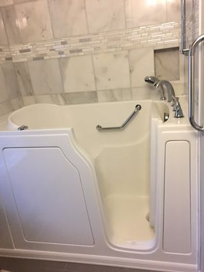 Accessible Bathtub in Cibecue by Independent Home Products, LLC